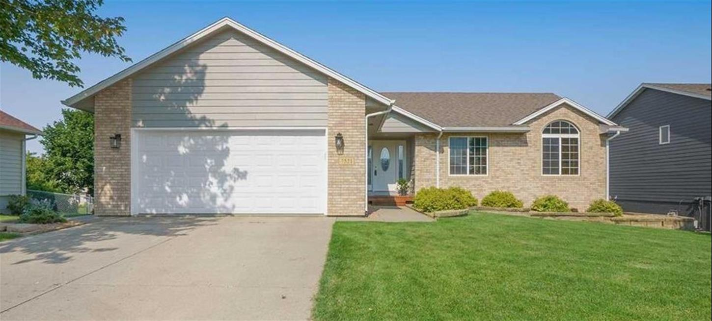 7521 S Hughes Ave Sioux Falls (SOLD)