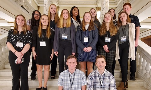 MHS Students take in State Capitol